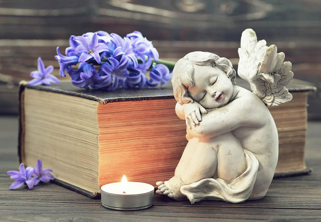 After Funeral Service Memorial Decor Ideas