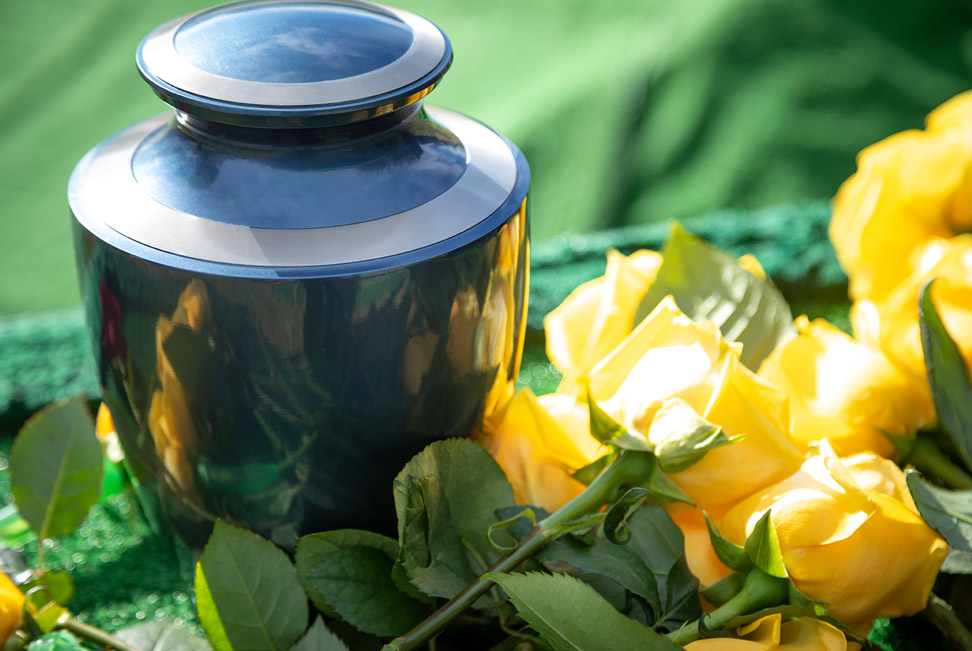 Beautiful Ways to Honor and Memorialize Your Loved One's Ashes